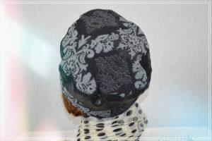 Casquette imprimé coton gris et noir panaché avec simili cuir noir